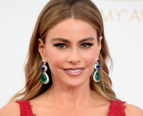 Sofia-Vergara-Emmy-Jewelry-2013